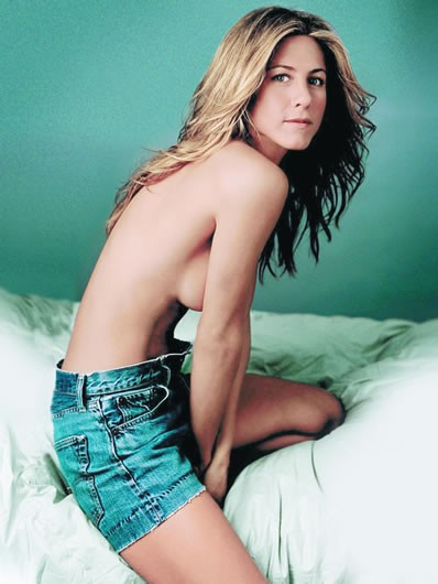 010des-aniston3