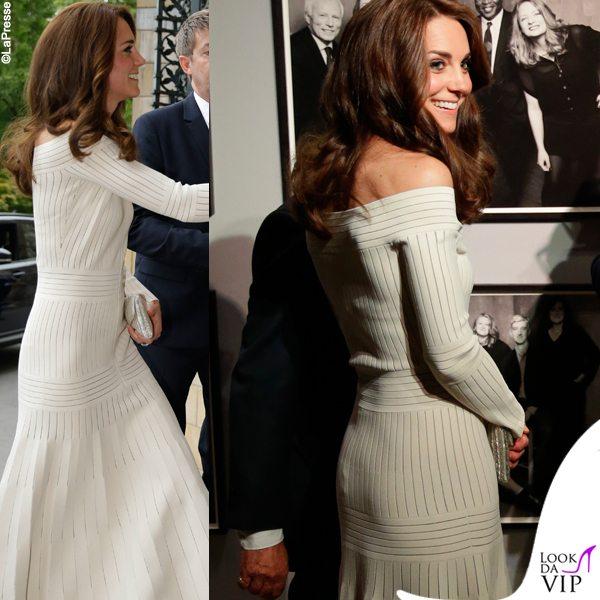 Kate-Middleton-abito-Barbara-Casasola-sandali-Schutz