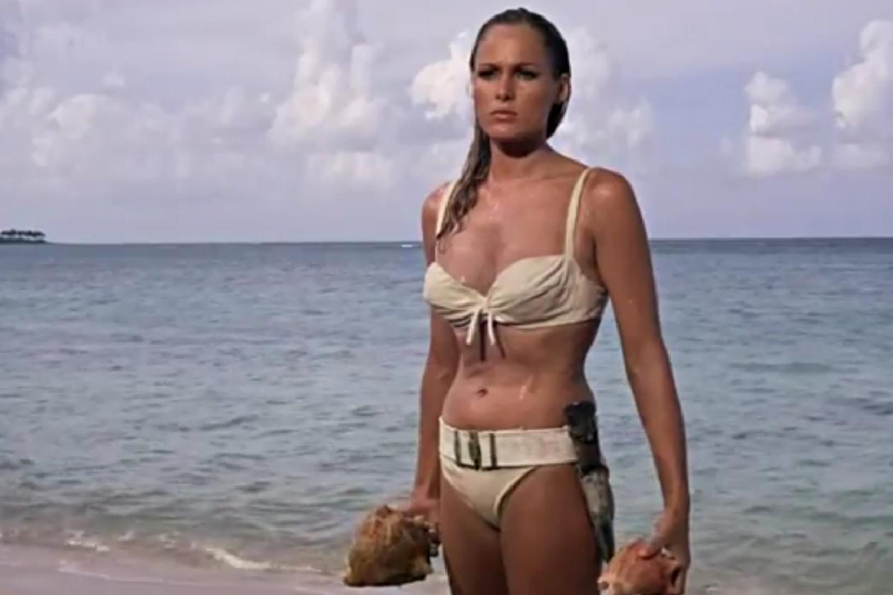 Ursula-Andress-007-Licenza-di-Uccidere-Bikini-Best