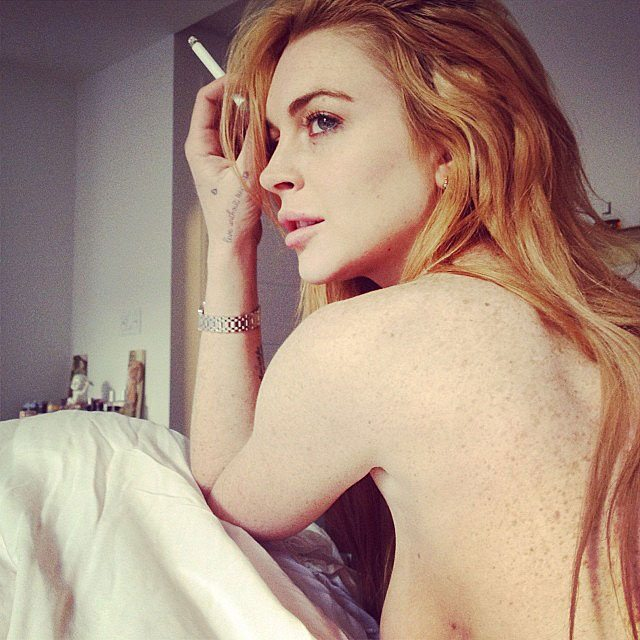 lindsay-lohan-topless-sigaretta-rush-zimmerman-2013-instagram-foxhole-1
