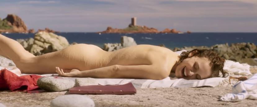 Natalie Portman, nudo integrale nel nuovo film con la figlia di Depp