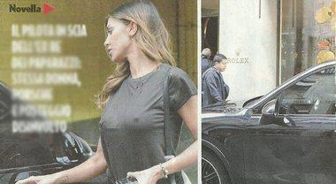 Belen Rodriguez e Andrea Iannone, parcheggio sul marciapiede con la Porsche