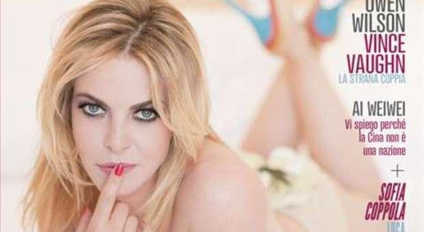 """Claudia Gerini furiosa: """"Sesso a tre con Weinstein? Tutto falso, è gravissimo"""". E querela Zoe Brock"""