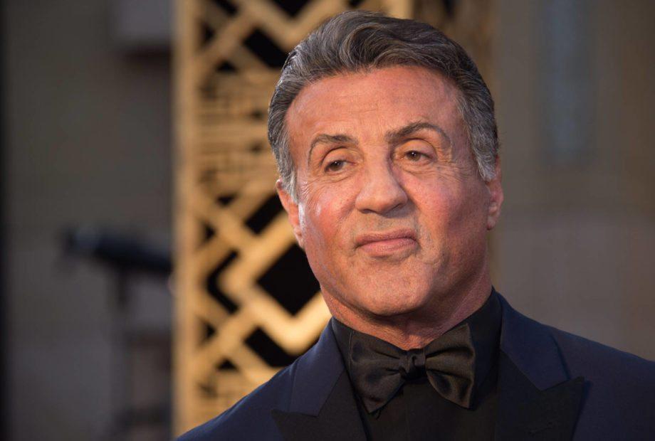 Sylvester Stallone, sesso a tre con una 16enne e il suo bodyguard: l'accusa choc della ragazza