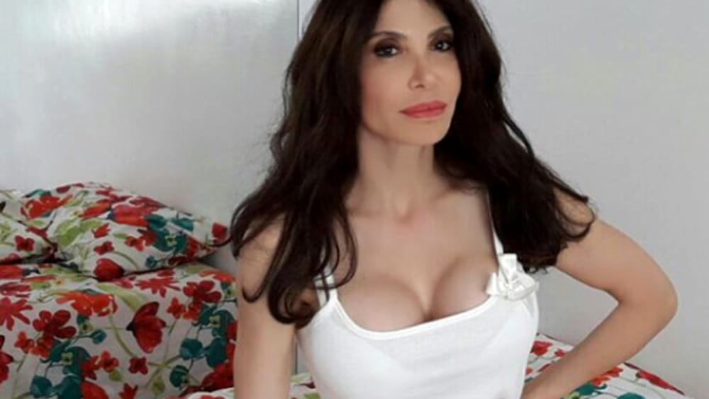 """Carmen Di Pietro, le foto del tradimento a Domenica Live: """"Simona Izzo lo sapeva e non mi ha avvisato"""""""