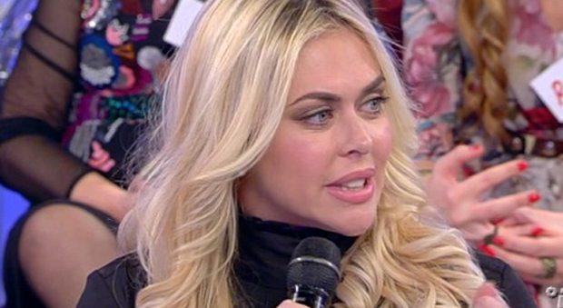 """Veridiana De Moraes avverte Aida Yespica: """"Quando eri al Grande Fratello Vip Geppy ha fatto l'amore con me"""""""