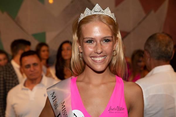 Frizzi, il ricordo commovente e l'omaggio di Miss Italia. A vincere la fascia è Mara Boccacci
