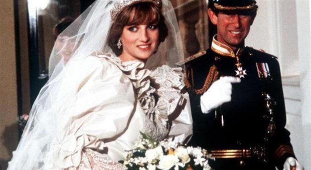 Lady Diana, lo splendido bouquet delle nozze nascondeva un f
